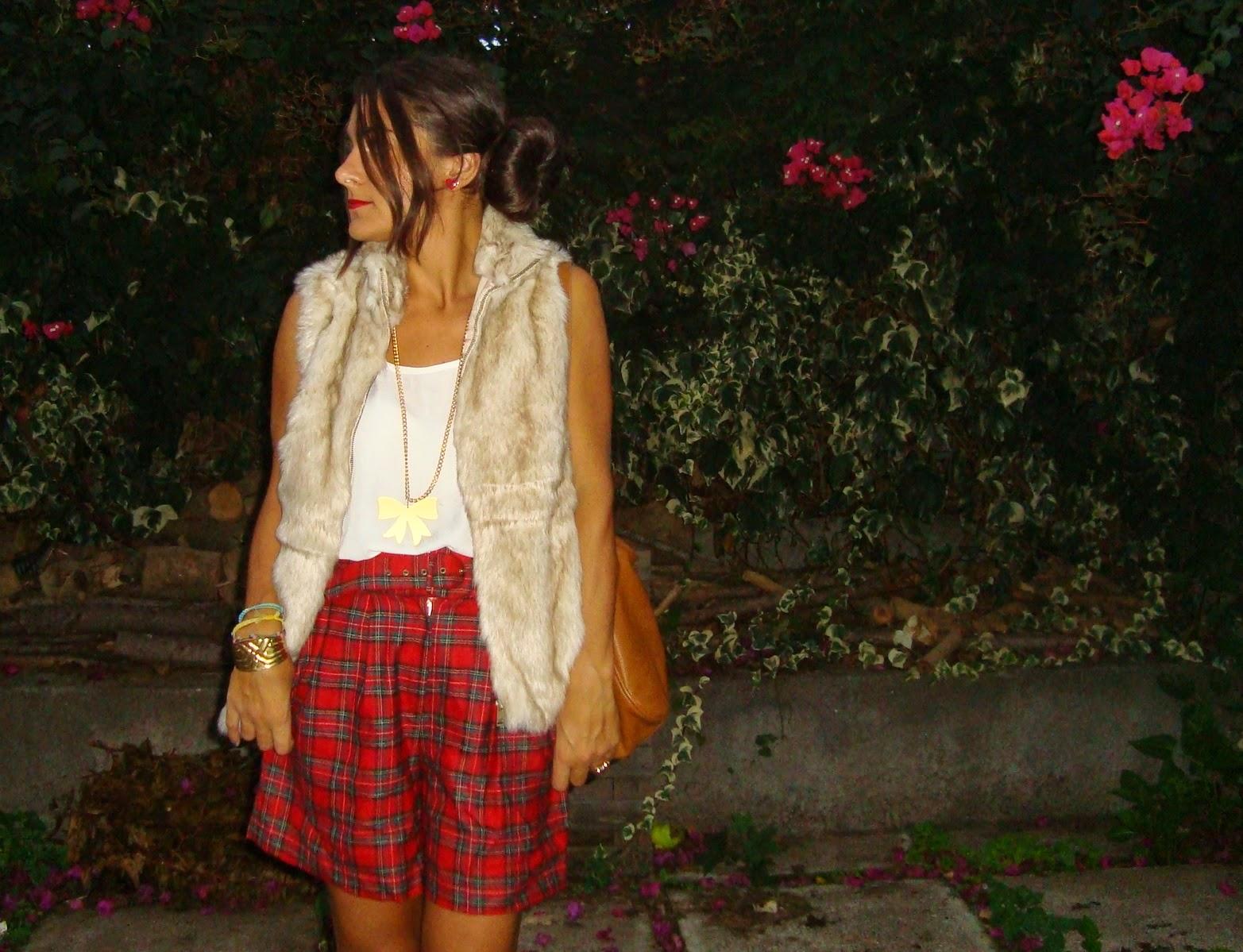 blogger outfit tartan