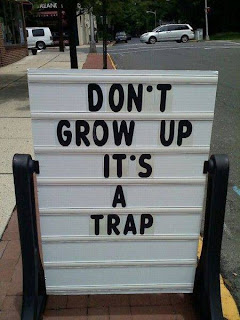 dont grow up Aww Quote and saying free wallpaper
