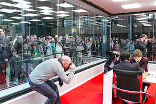 Échecs à Bilbao : Magnus Carlsen 1-0 Viswanathan Anand - photo site officiel