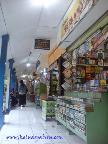 Pasar Buku Wilis Malang