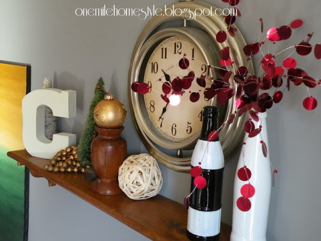 Simple Red and Gold Christmas decor