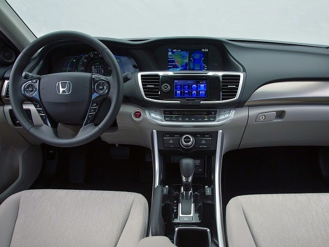 2016 Honda Accord interior