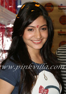Anushka Sharma Daily Hairstyle