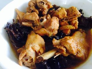 Chicken with Black Fungus by Lena Lai