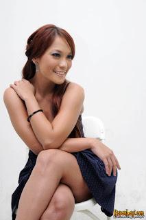 jenny cortez syukuran film pocong kuntilanak roxy 2 20120419 009 bambang Foto Bugil Jenny Cortez dari HP yang Hilang