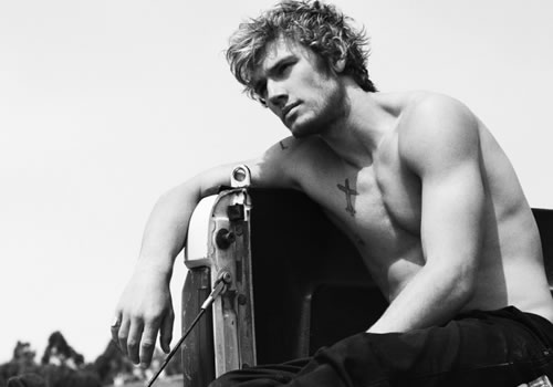 Ficha de Matt Sanders Alex-pettyfer-channing-tatum-stripper-movie