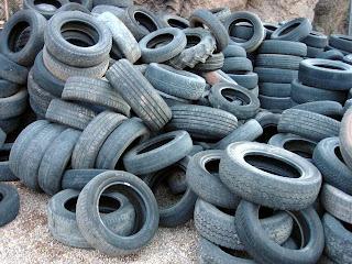 http://4.bp.blogspot.com/-cLenXb9N9eI/UVKaBO6IwwI/AAAAAAAAMAE/UcnMqSEmiUU/s320/tires-recycling.jpg