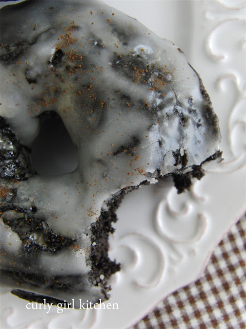 http://www.curlygirlkitchen.com/2013/07/baked-and-glazed-chocolate-coffee-cake.html