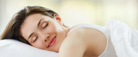 وصفة غذائية سريعة وطبيعية للنوم المريح