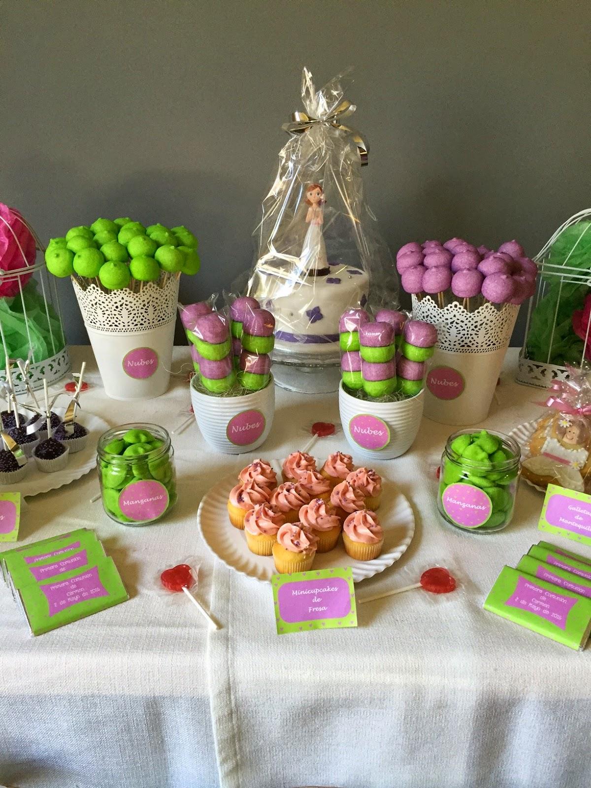 Sabores muy dulces mesa dulce para comuni n verde y morado - Preparar mesa dulce para comunion ...