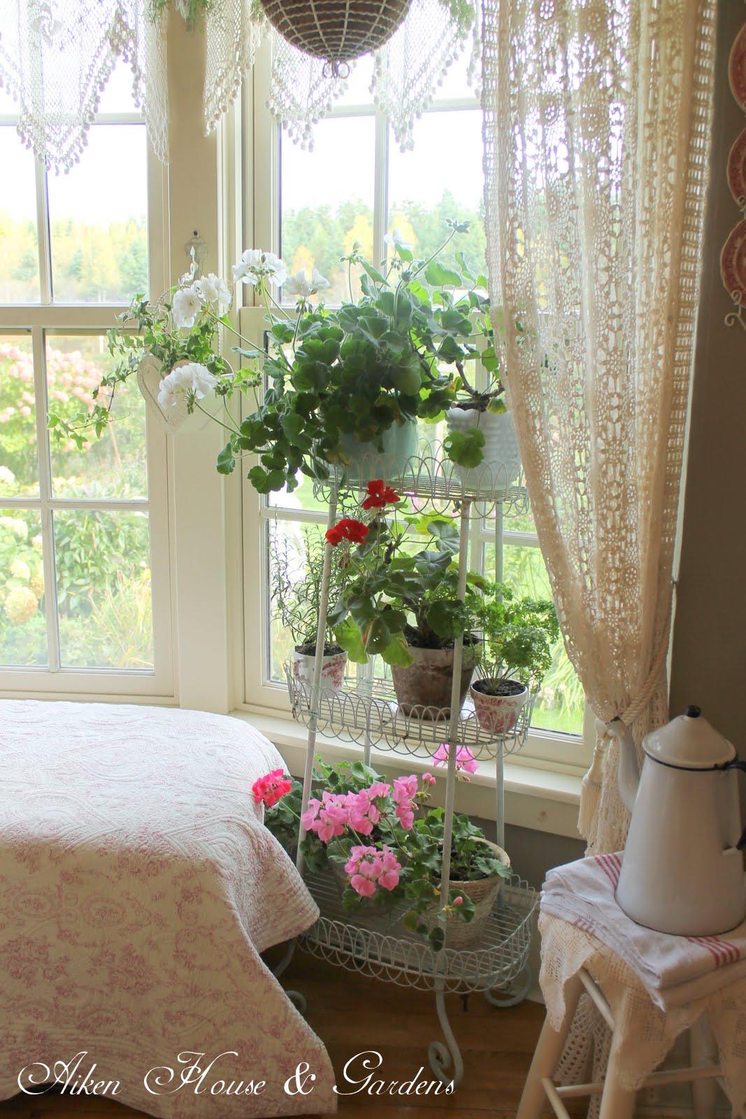 aiken house gardens inside out. Black Bedroom Furniture Sets. Home Design Ideas