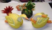 Casal de cisnes de melão