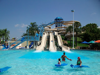 Wet 'n Wild Emerald Pointe Water Park