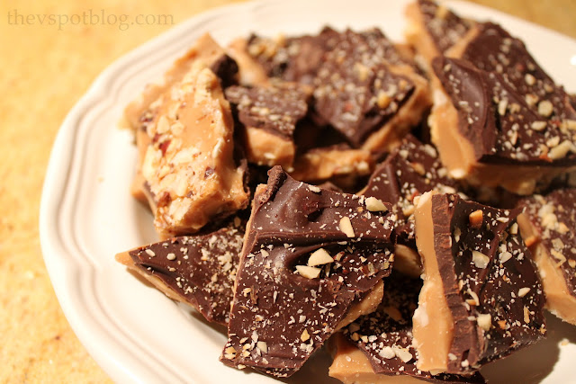 Yummy chocolate hazelnut butter toffee brittle. Easy to make, perfect for gift-giving.
