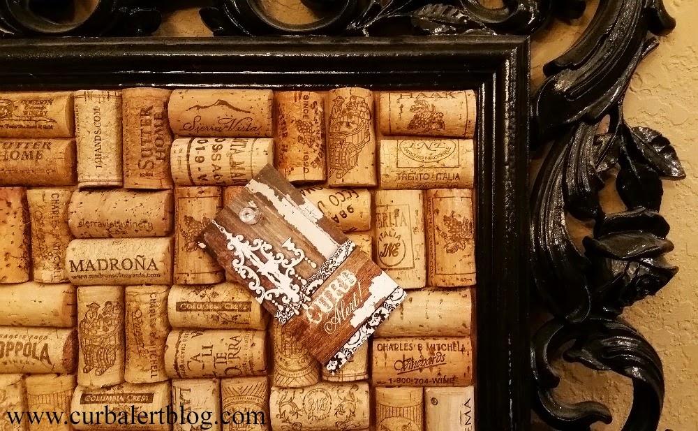Framed Wine Cork Memo Board via Curb Alert! www.curbalertblog.com