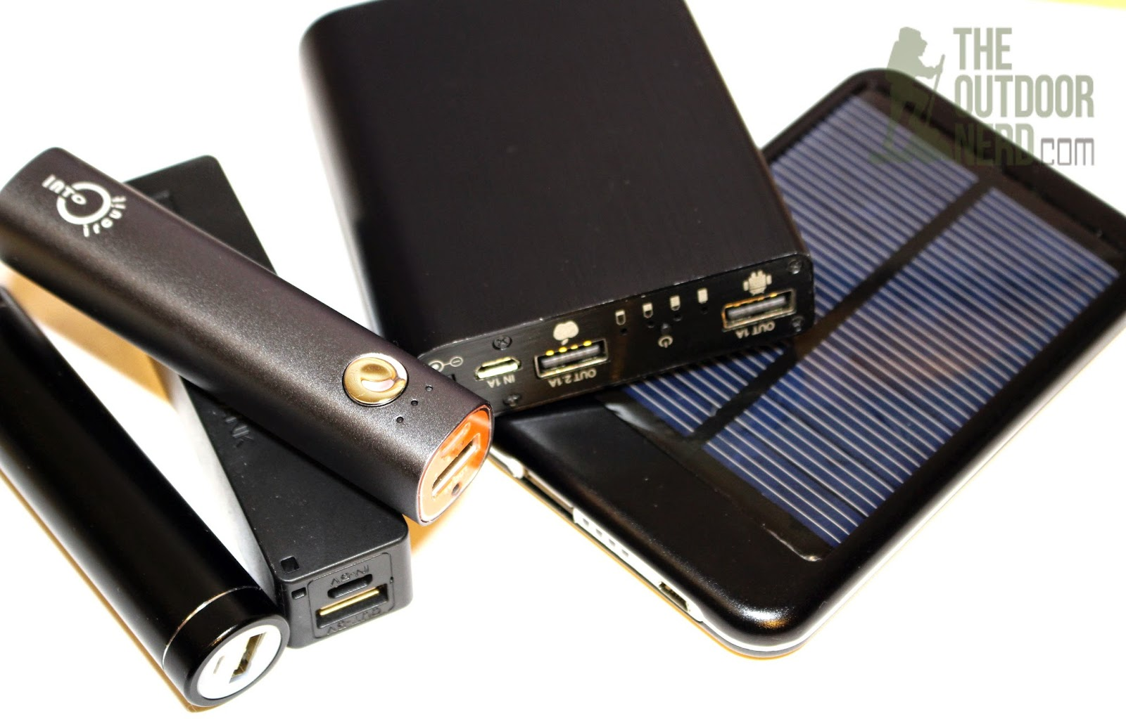 Intocircuit 3000 mAh USB Power Bank: With Other USB Power Banks