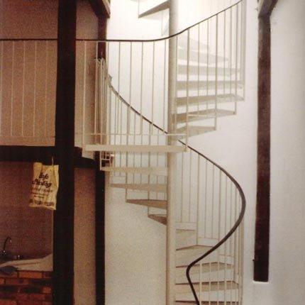 Escoger un buen dise o de escalera de caracol casas - Ver escaleras de caracol ...
