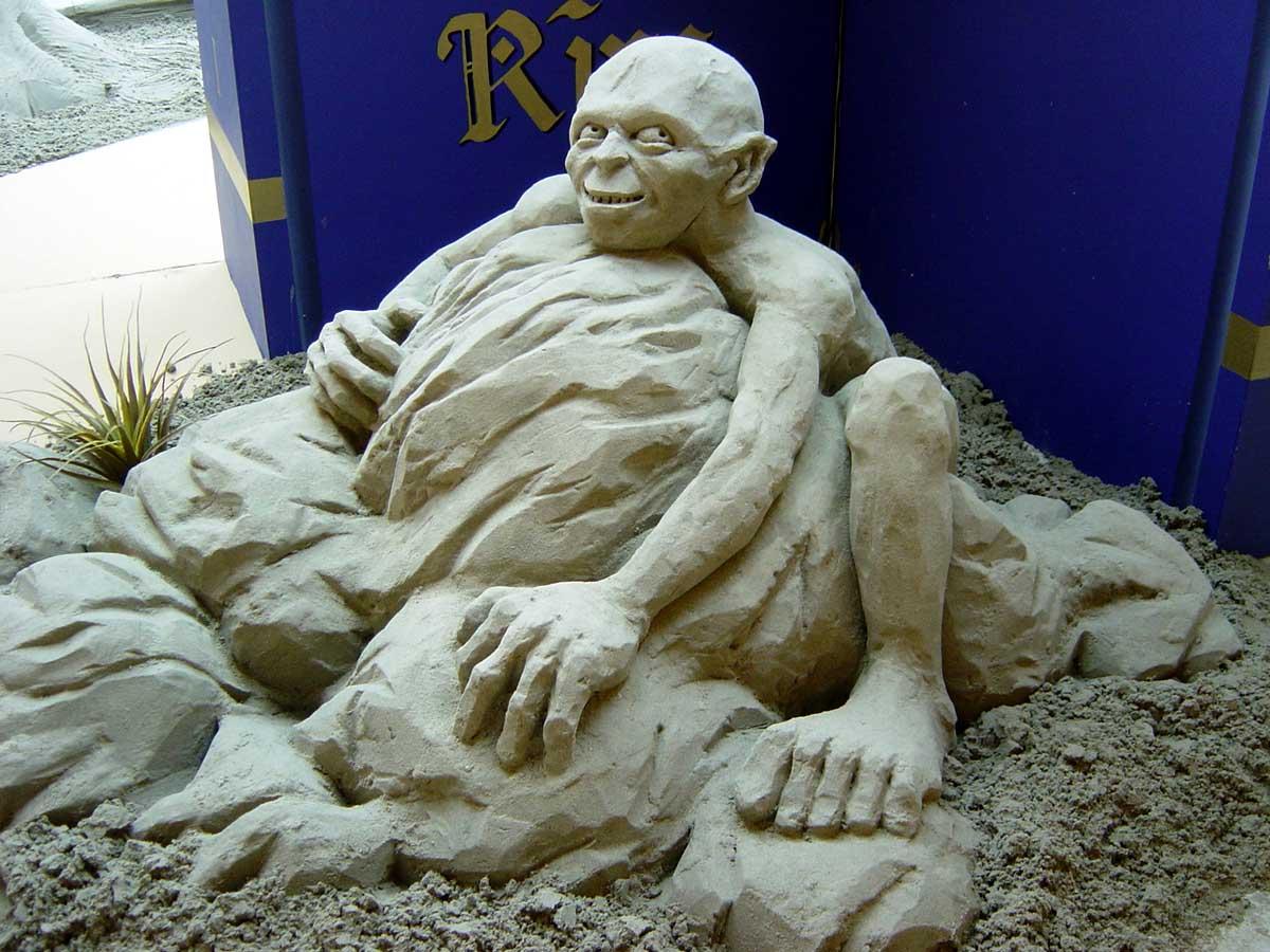 Amazing Sand Sculpture...