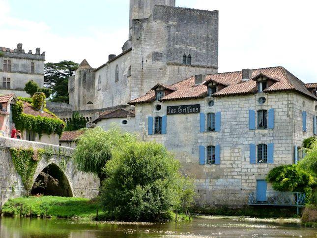 Bourdeilles Dordogne