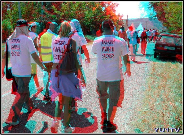 Grupa od 160 učesnika Cerskog marša na putu Šabac-Tekeriš dugom 30km.