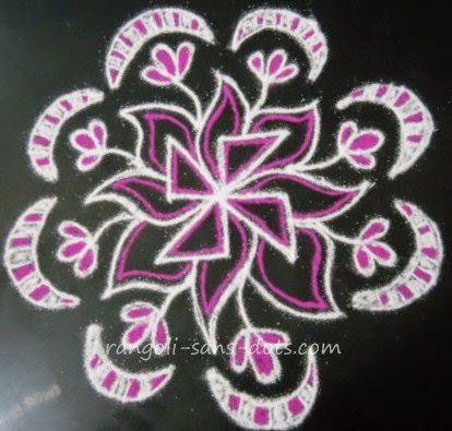kolam-design-for-Margazhi-2014-d.jpg