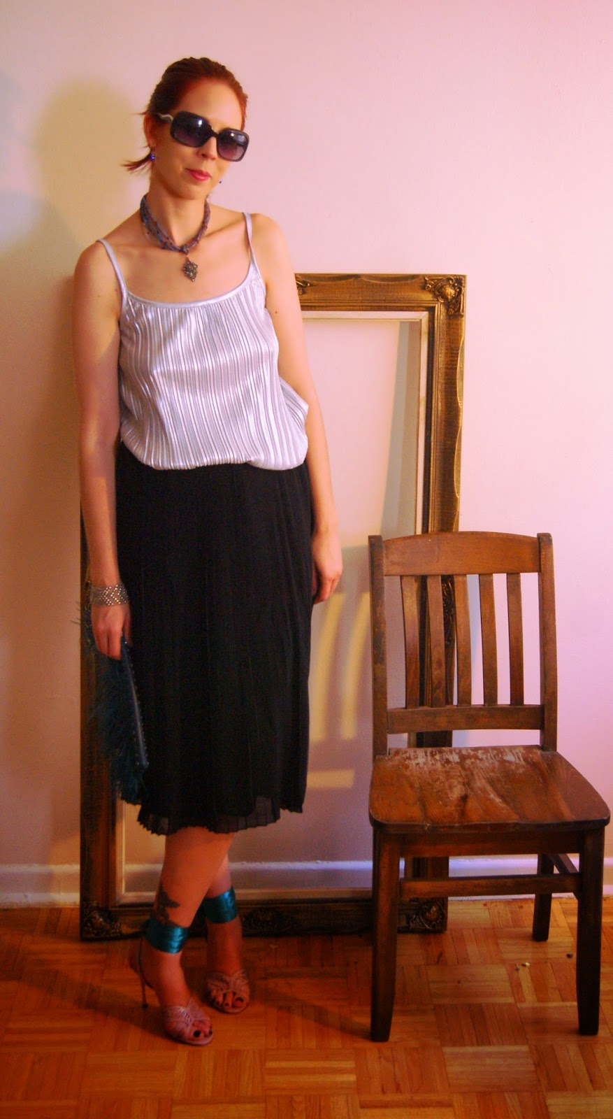 Endless Style Options!: Black Pleated Skirt and Top from H&M Fashion Style, Melanie.Ps, Blogger, The Purple Scarf Toronto