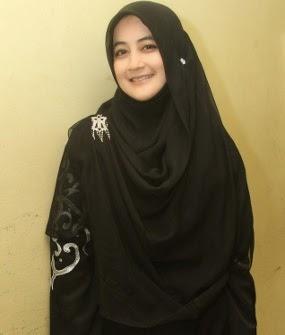 Contoh Gambar Hijab Modern Ala Umi Pipik