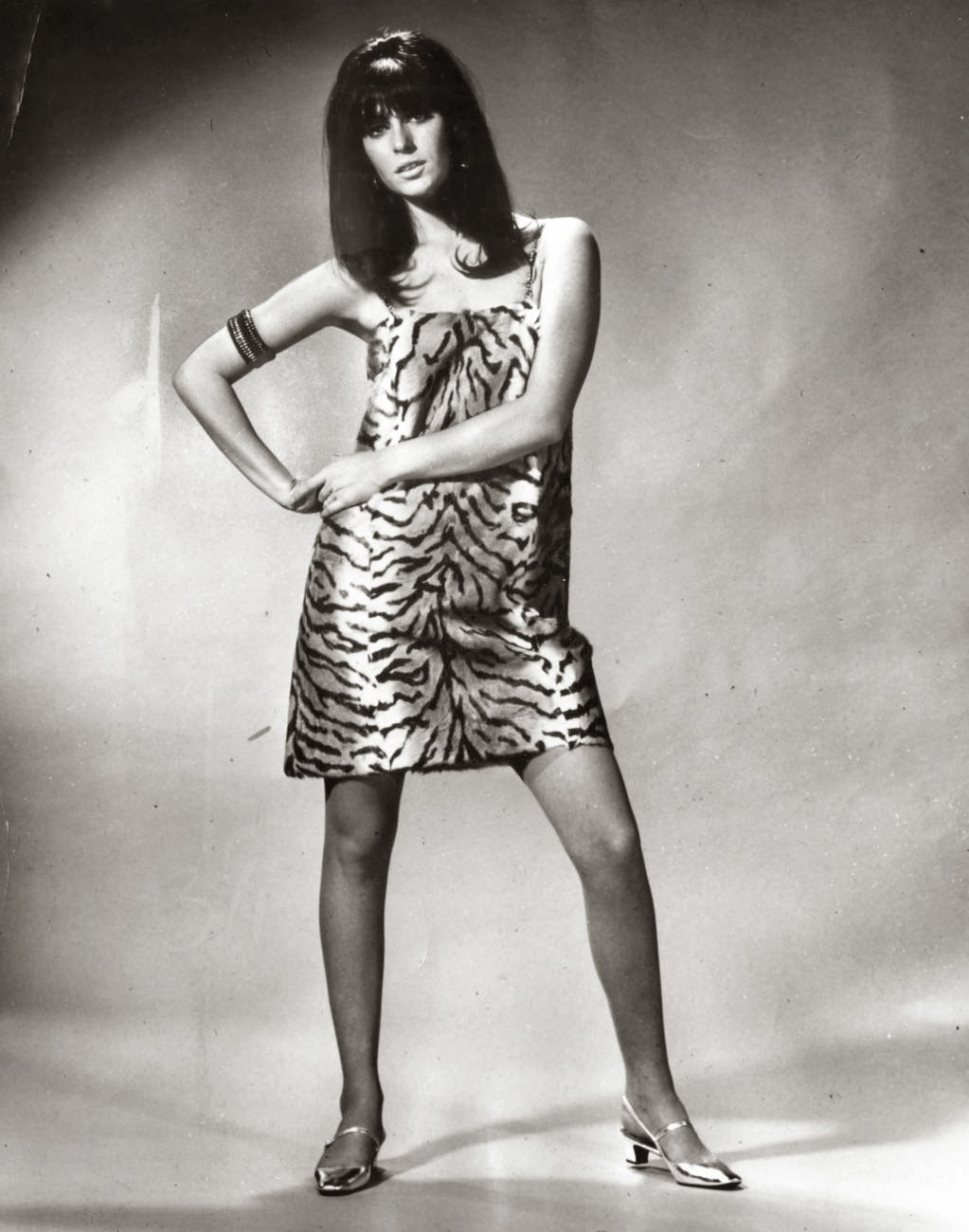 women in miniskirts in the 1960s vintage everyday