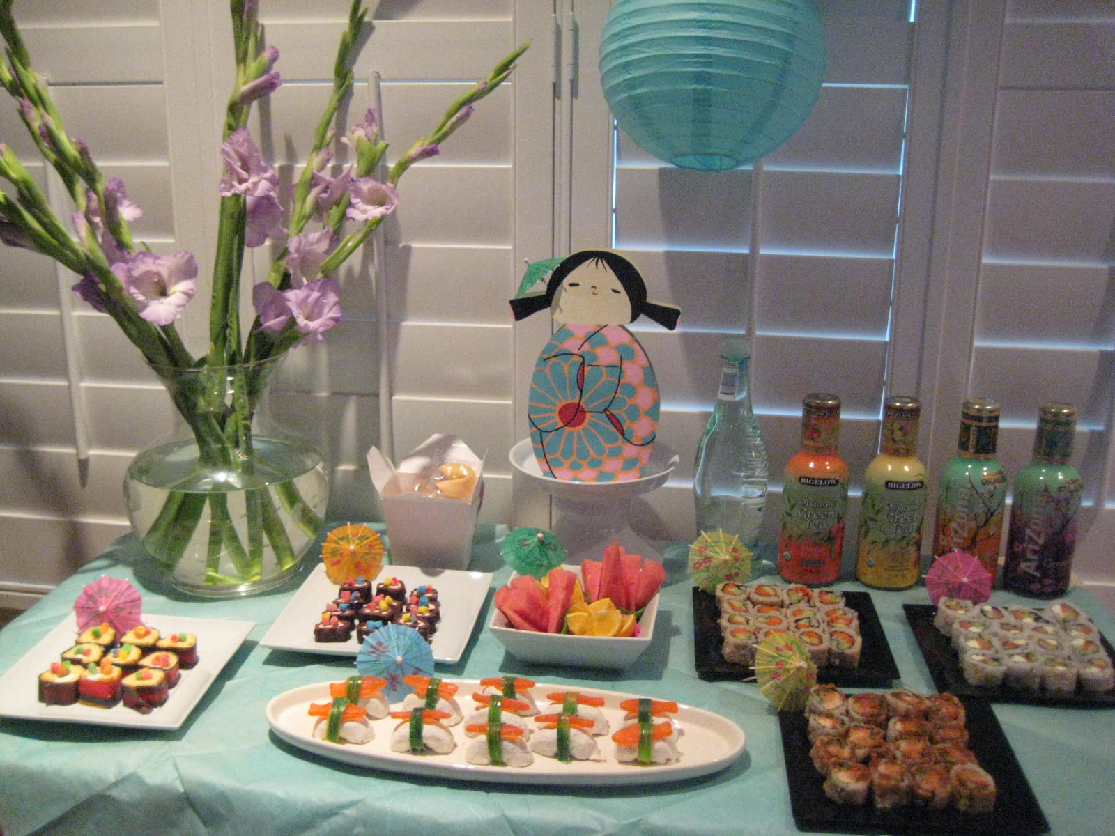 Creative party ideas by cheryl japanese sushi party - Party decorations ideas ...