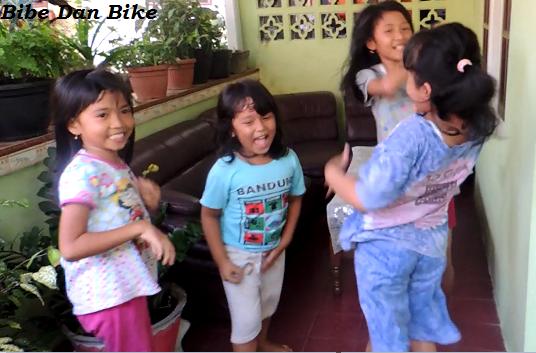 Bibe Dan Bike Main Bareng Kawan Yang Lain