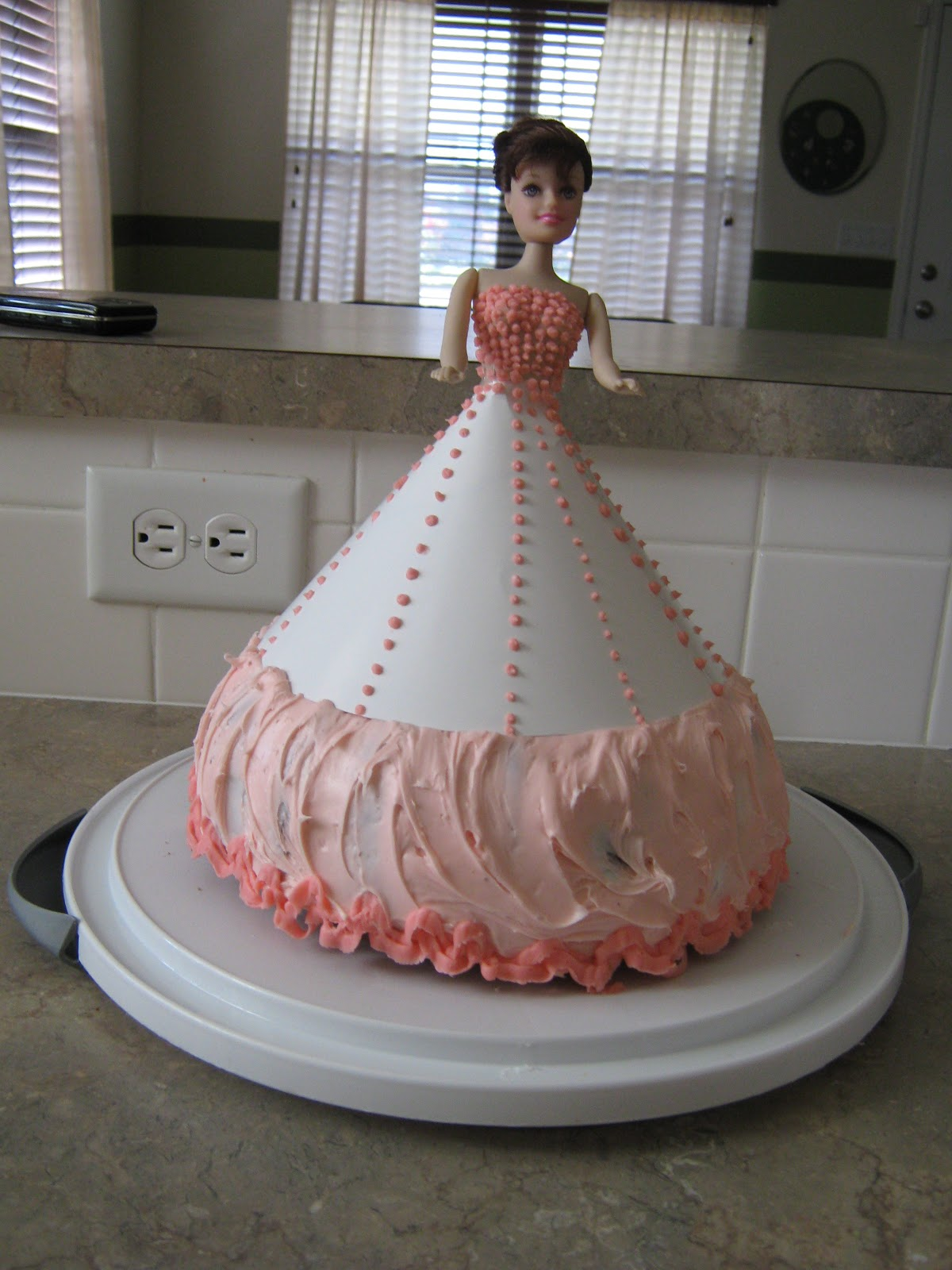 Easy Doll Cake Images : LifesLittleJoyz: Easy Doll Cake