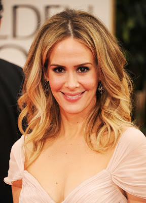 Sarah Paulson Long Curls Hairstyle Lookbook