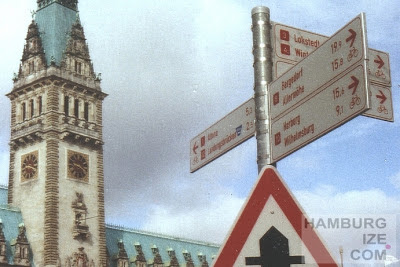 Veloroutenanzeiger Rathausmarkt