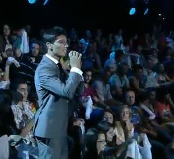 فيديو: أغنية الزينة لبست خلخالا بصوت محمد عساف 17-5-2013 عرب ايدول 2