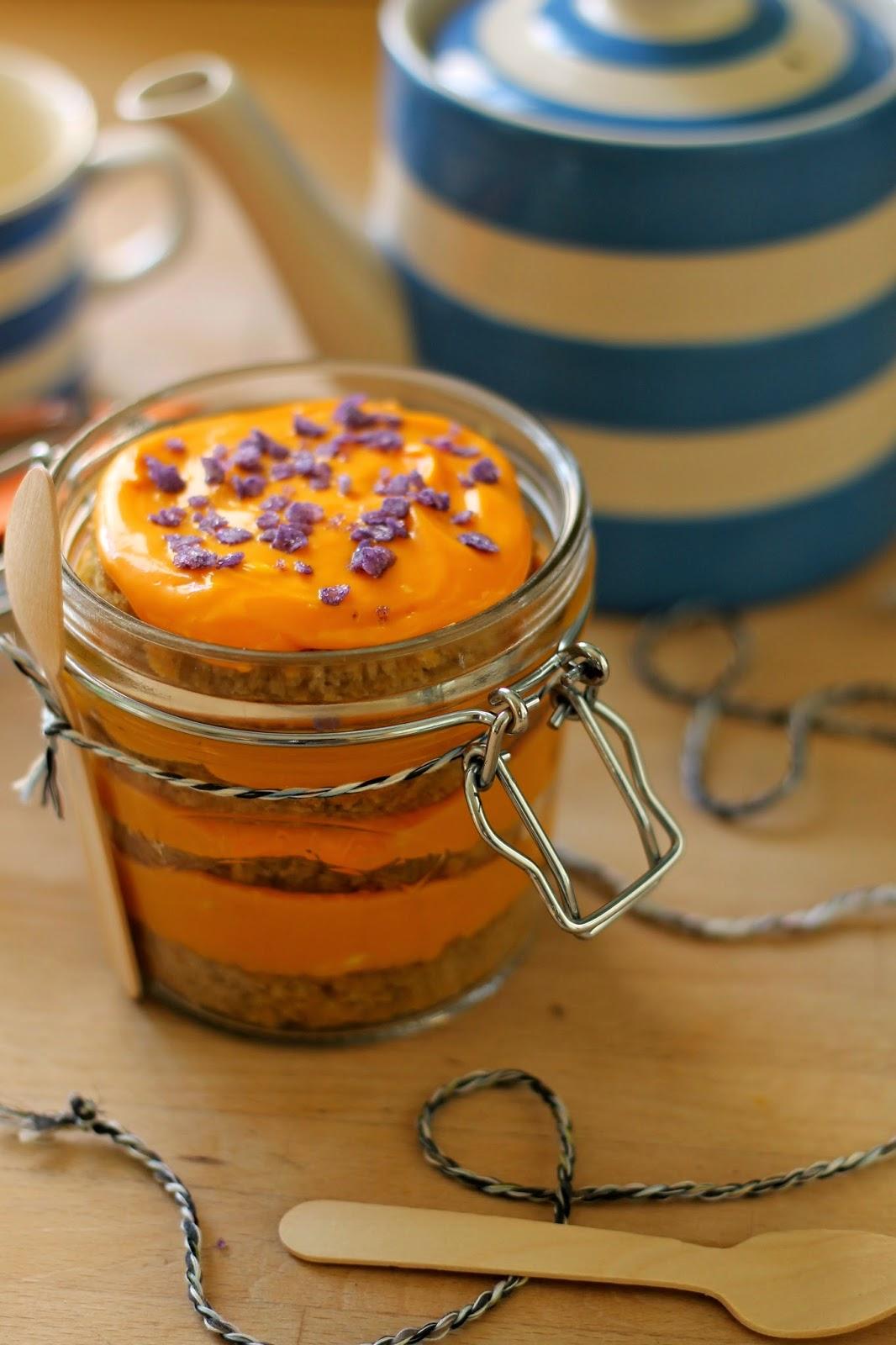 The Crafty Larder: Spiced Pumpkin Cake In a Jar