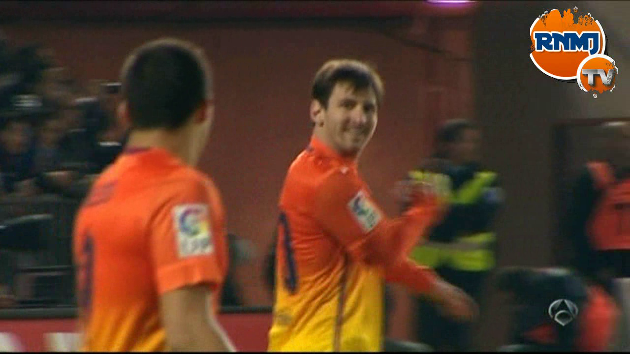 Messi echa la bronca a Alexis en Granada - FC Barcelona