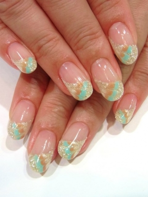 Chic-and-Easy-Fall-2012-Nail-Art-Designs-10