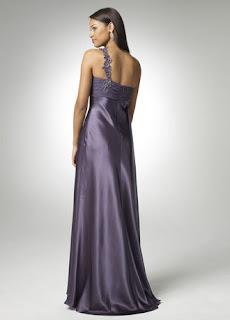 fotos e imagens de modelos de vestidos de cetim