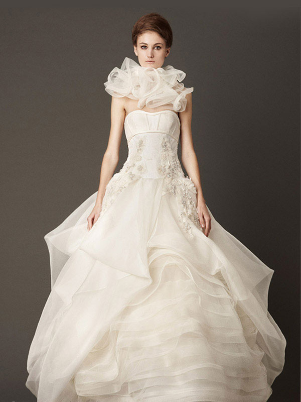 Cheap wedding gowns online blog vera wang fall 2013 for Cheap vera wang wedding dress