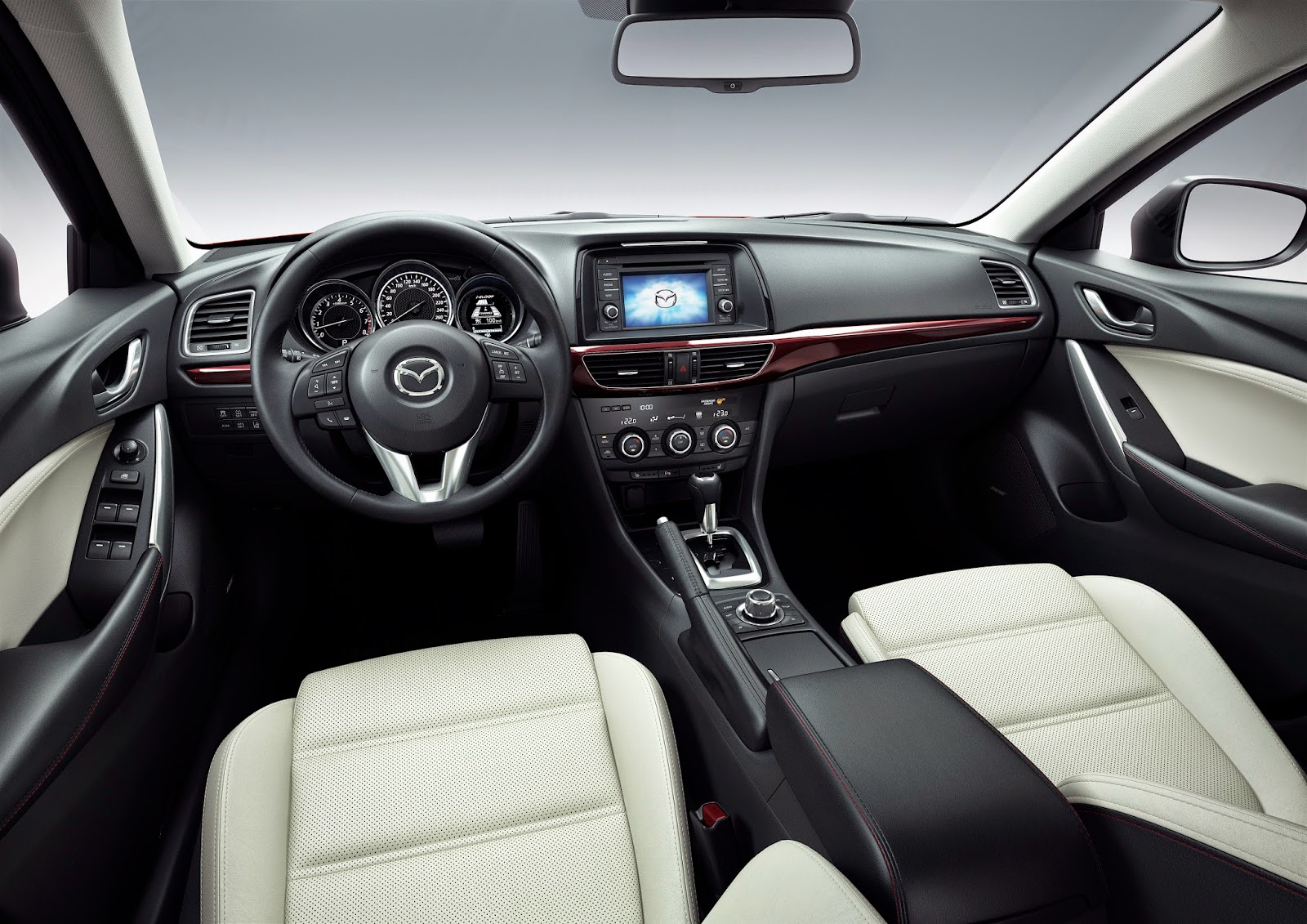 Interior view of 2015 Mazda 6