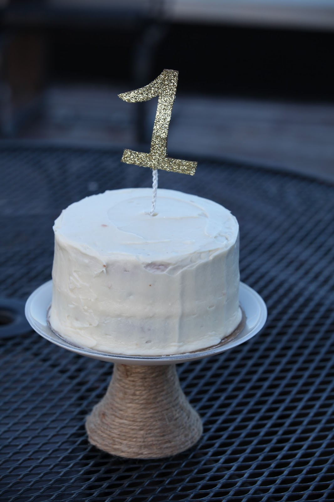 that's mellifluous!: DIY number one cake topper