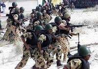 القوات المسلحة تغلق مدينة العريش وانفجارات تهز مناطق الاشتباكات بالشيخ زويد