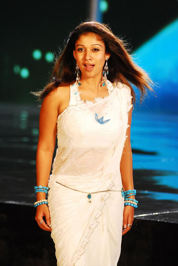 Hot saree nayanthara
