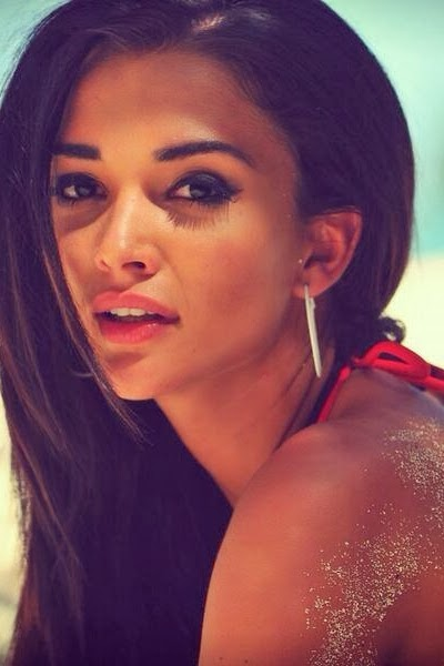 New Bollywood Actress: Amy Jackson | Downloadbang