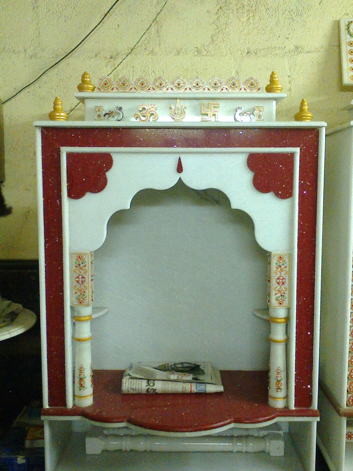 Hari om marbles and granites latest design pooja mandir 2013 for Home mandir designs marble