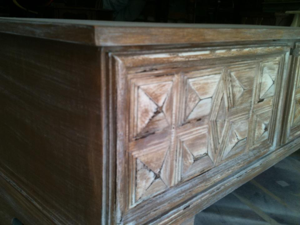 To show beauty of original wood lane chest this is for sale 225