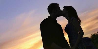 Rahasia di Balik Nikmatnya Berciuman