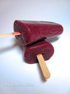 frozen-berry-smoothie-lolly