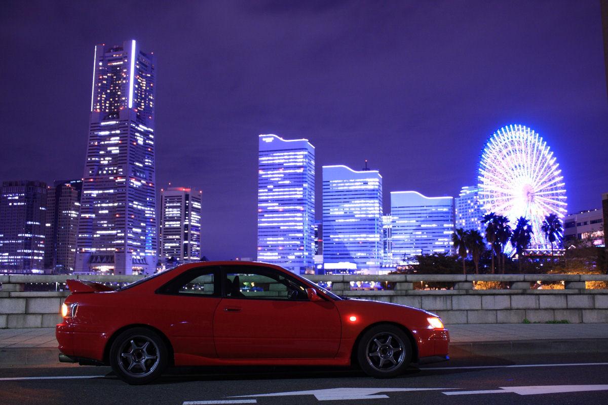 Toyota Corolla Levin AE111, samochody z rynku japońskiego, mało znane auta, fajne coupe, fotki samochodów nocą