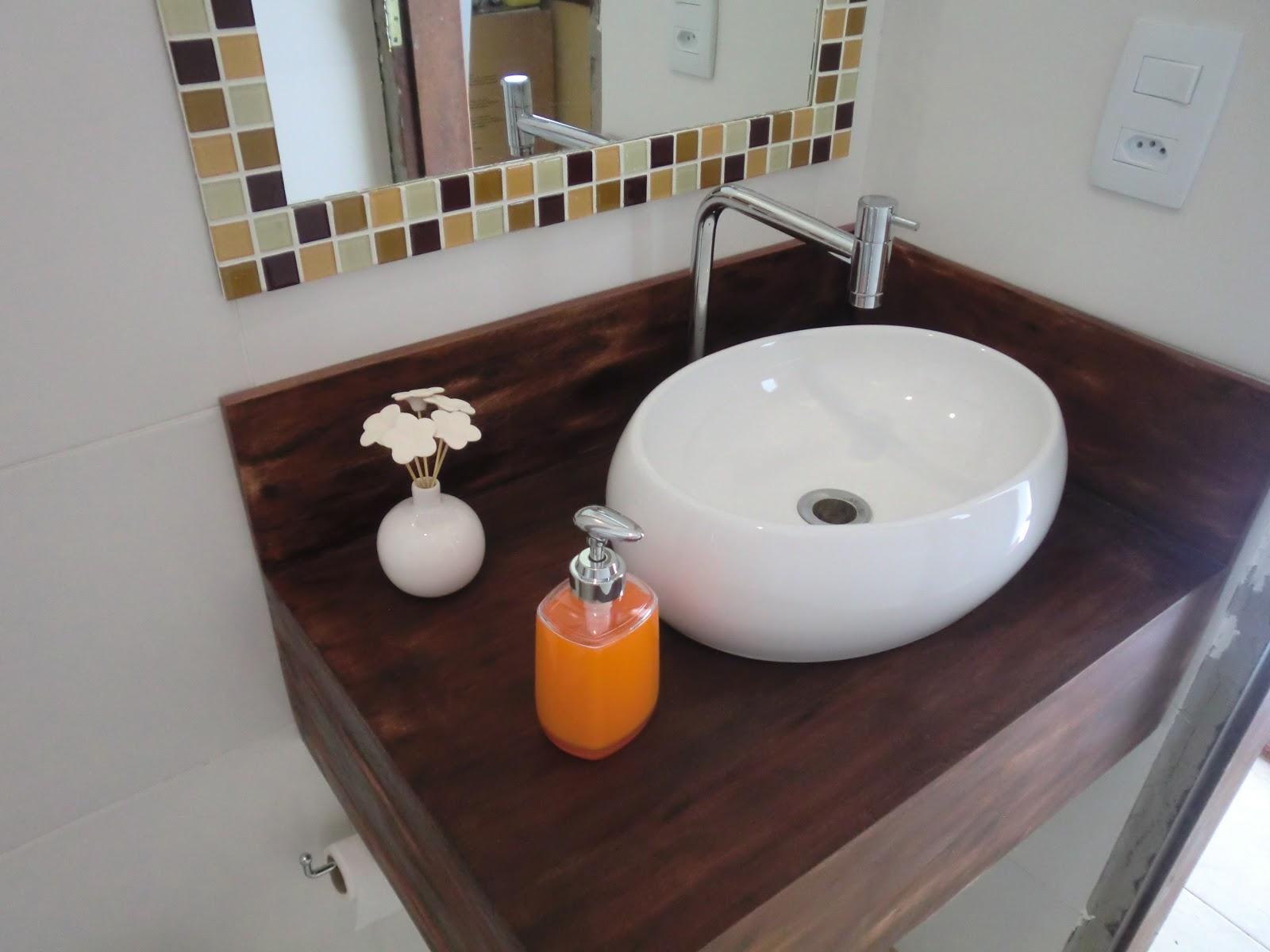 #B25A19 Banheiro Pequeno reformado por menos de 2mil na Revista Minha Casa  1600x1200 px Banheiro Pequeno Antes E Depois 2427